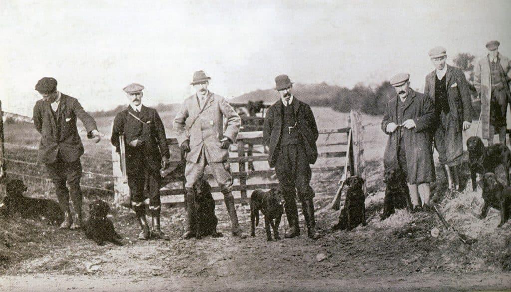 Internationalität für die Besten der Besten? The dogs and handlers who competed in the inaugural IGL Retriever Championship. Picture: Courtesy of the Kennel Club